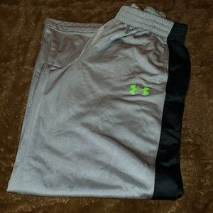 Under Armour track pants youth large